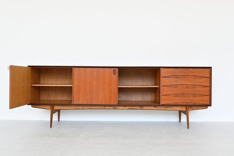 Mid-Century Modern Oswald Vermaercke Model Paola Teak Sideboard V-Form, Belgium, 1959 For Sale