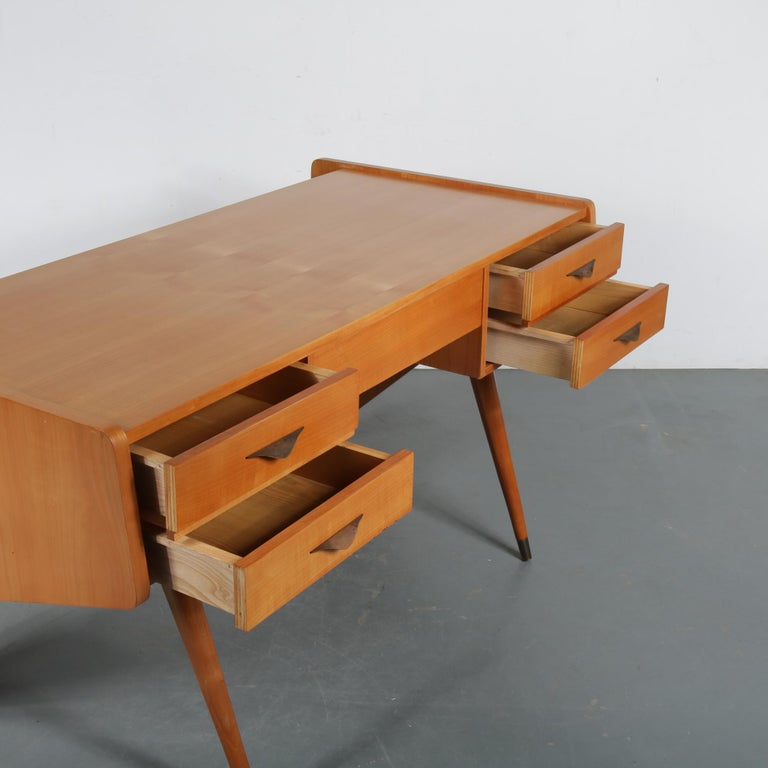 "Oswald Vermaercke ""Oslo"" Desk for V-Form, Belgium, 1950 For Sale 1"