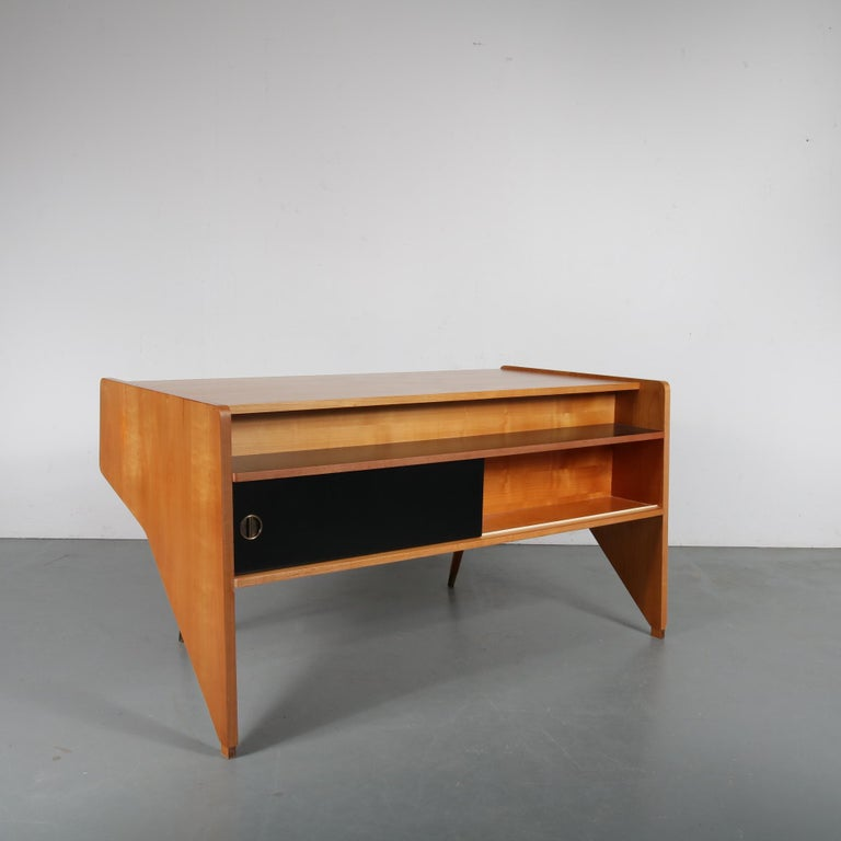 "Oswald Vermaercke ""Oslo"" Desk for V-Form, Belgium, 1950 For Sale 2"