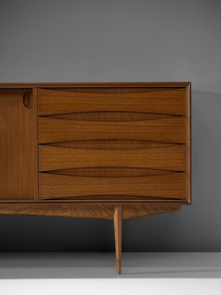 Oswald Vermaercke 'Paola' Sideboard for V-Form In Good Condition For Sale In Waalwijk, NL