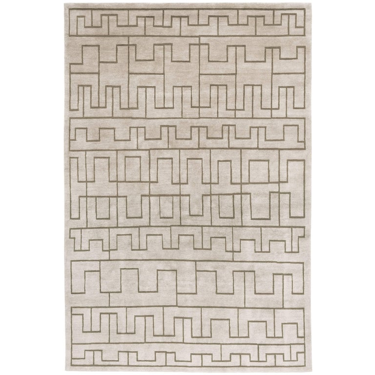Contemporary Tibetan Rug Hand Knotted In Nepal Light Grey Olive Green For