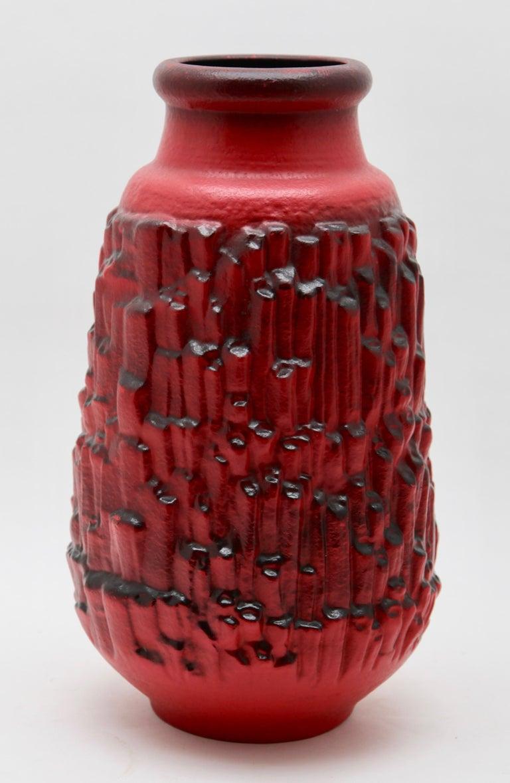 German Otto Keramiek and Carstens Tönnieshof, Buffalo Figurine, Vase with Basalt Decor For Sale