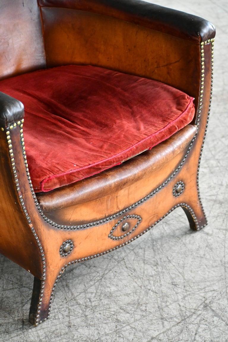 Scandinavian Modern Otto Schulz 1940s Lounge Chair in Worn Leather for Boet, Scandinavian Midcentury For Sale