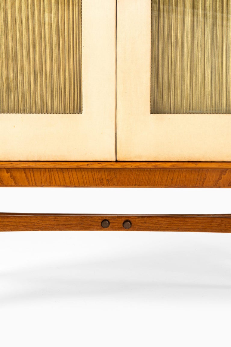 Mid-20th Century Otto Schulz Cabinet Produced by Boet in Sweden For Sale
