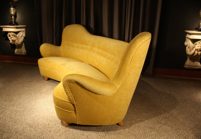 Mid-20th Century Otto Schulz High Back Banana Sofa for Boet, 1930s For Sale