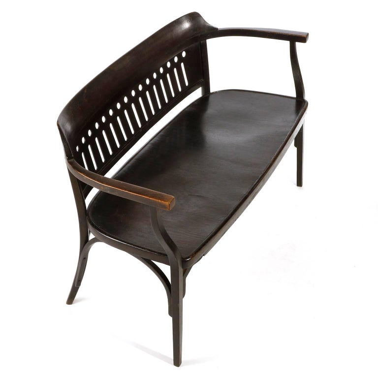 Otto Wagner Settee Bench Bentwood, Thonet, Austria, Vienna Secession, circa 1905 For Sale 4