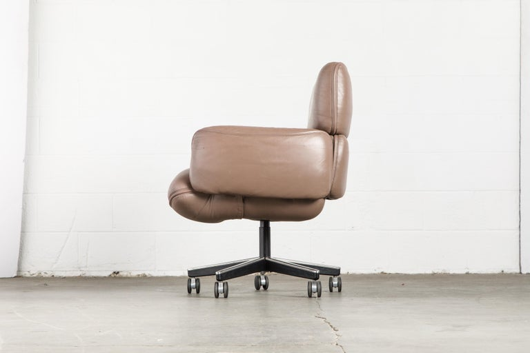 Otto Zapf for Knoll International Leather Desk Chair, c. 1985, Signed  For Sale 5