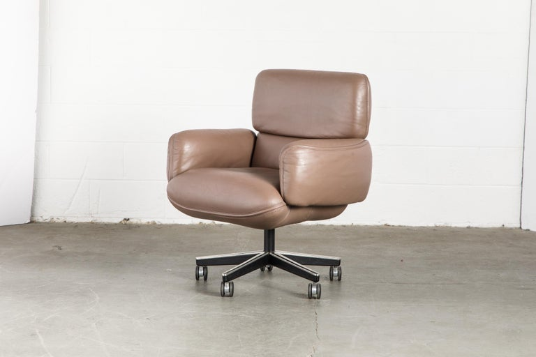 Otto Zapf for Knoll International Leather Desk Chair, c. 1985, Signed  For Sale 6