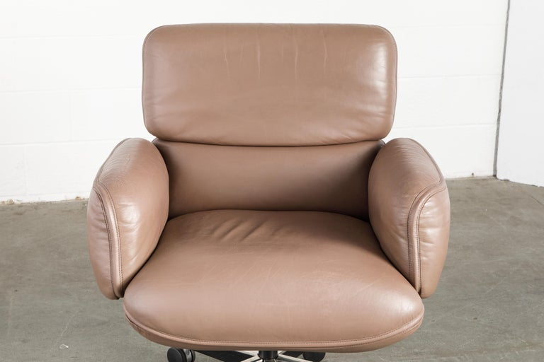 Otto Zapf for Knoll International Leather Desk Chair, c. 1985, Signed  For Sale 9