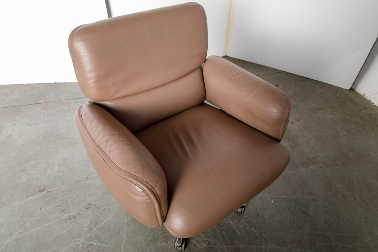 Otto Zapf for Knoll International Leather Desk Chair, c. 1985, Signed  For Sale 11