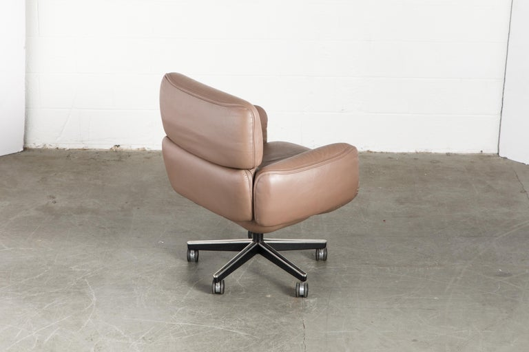 Otto Zapf for Knoll International Leather Desk Chair, c. 1985, Signed  For Sale 2
