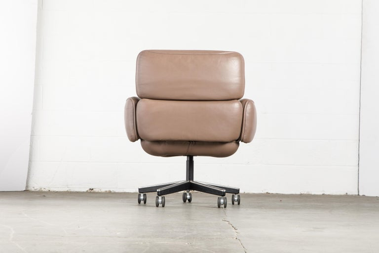Otto Zapf for Knoll International Leather Desk Chair, c. 1985, Signed  For Sale 3