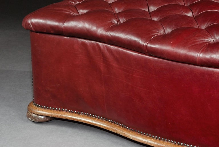 Ottoman, Leather, 19th Century, English, Victorian, Mahogany, Serpentine, Tufted For Sale 1