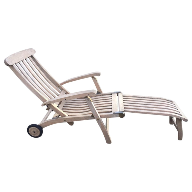 Outdoor Commodore Steamer Chair Chaise Longue by Barlow Tyrie For Sale