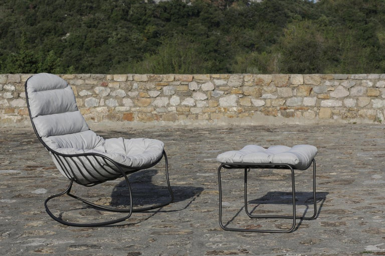 Organic Modern Outdoor Folia Rocking Chair with Ottoman Designed by Kris Van Puyvelde For Sale