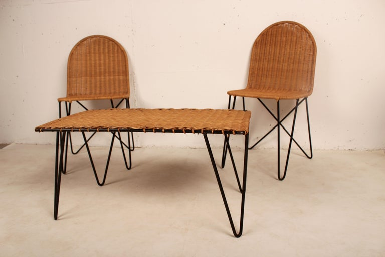 Mid-Century Modern Outdoor Rattan Wicker Set, Coffee Table and 2 Chairs by Raoul Guys, France, 1950 For Sale