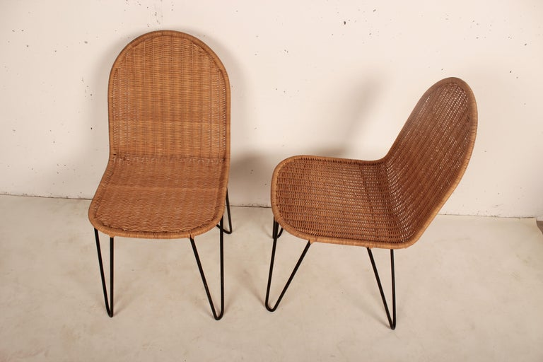Outdoor Rattan Wicker Set, Coffee Table and 2 Chairs by Raoul Guys, France, 1950 In Good Condition For Sale In Santa Gertrudis, Baleares