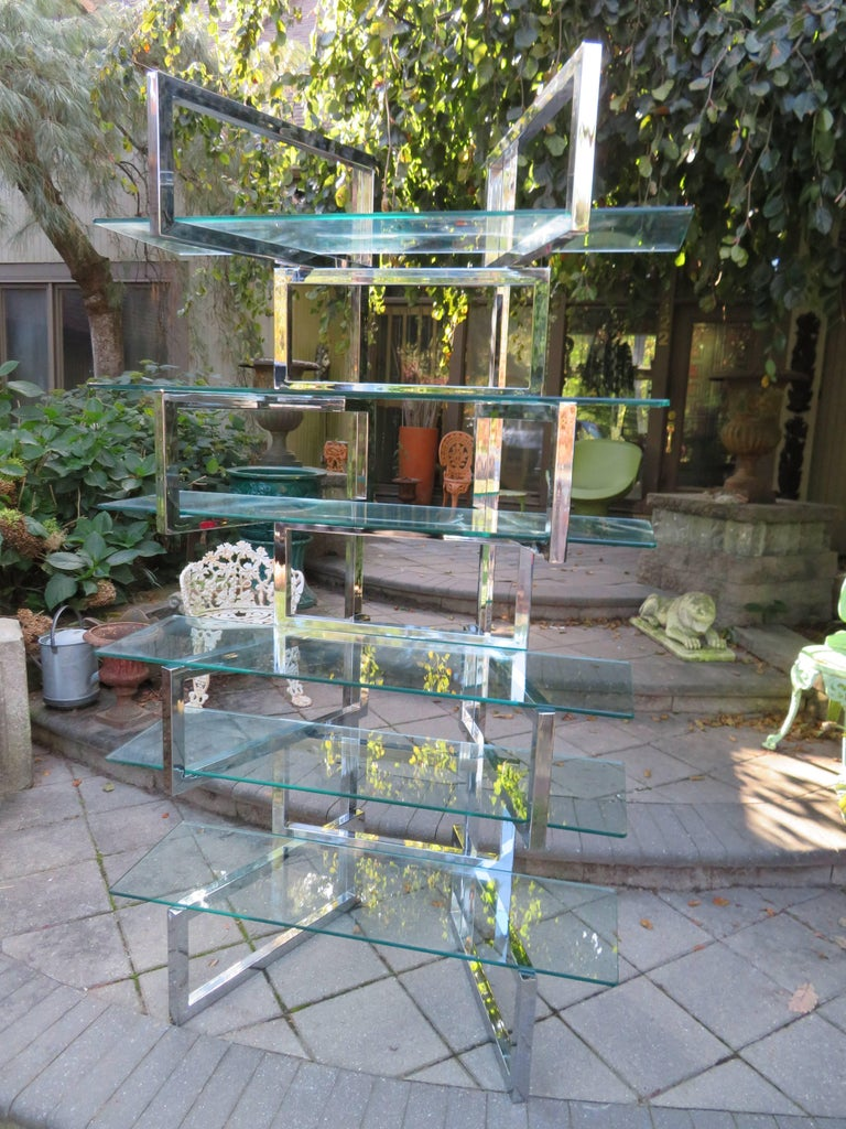 Outrageous Milo Baughman Style Chrome and Glass Butterfly Étagère Midcentury For Sale 4