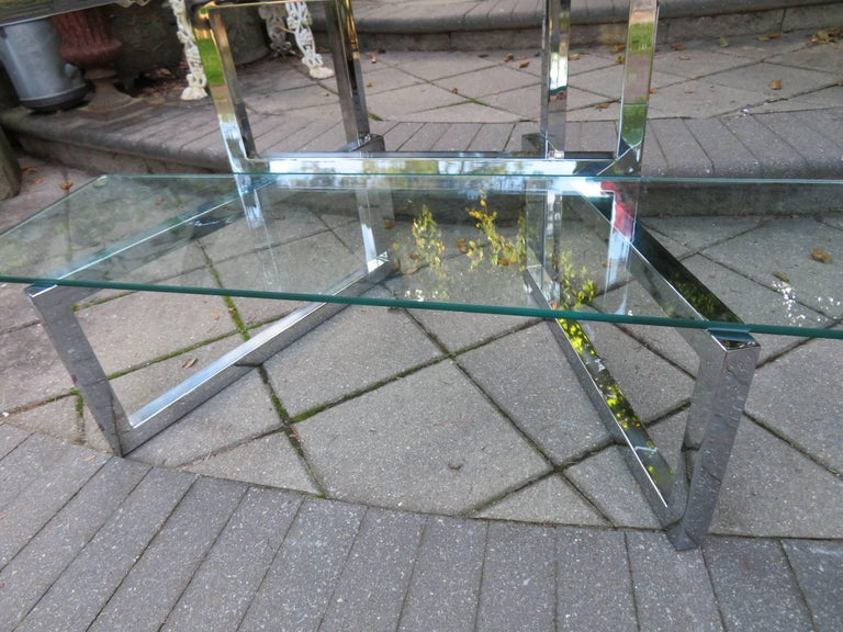 Mid-Century Modern Outrageous Milo Baughman Style Chrome and Glass Butterfly Étagère Midcentury For Sale