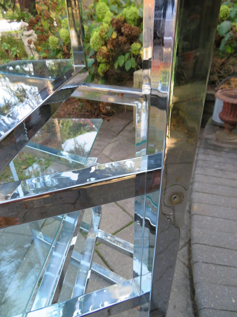 Outrageous Milo Baughman Style Chrome and Glass Butterfly Étagère Midcentury In Good Condition For Sale In Medford, NJ