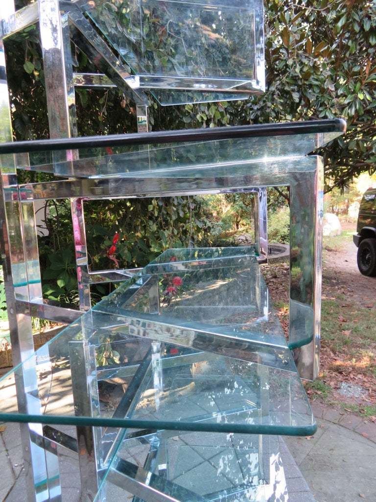 Outrageous Milo Baughman Style Chrome and Glass Butterfly Étagère Midcentury For Sale 2