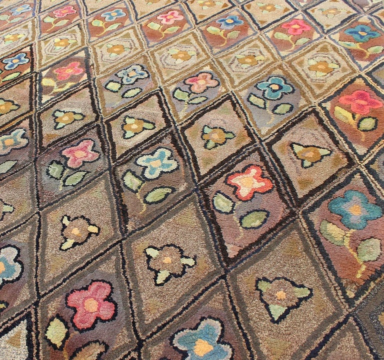 Outstanding Antique American Hooked Rug with Diamond Floral Design For Sale 1