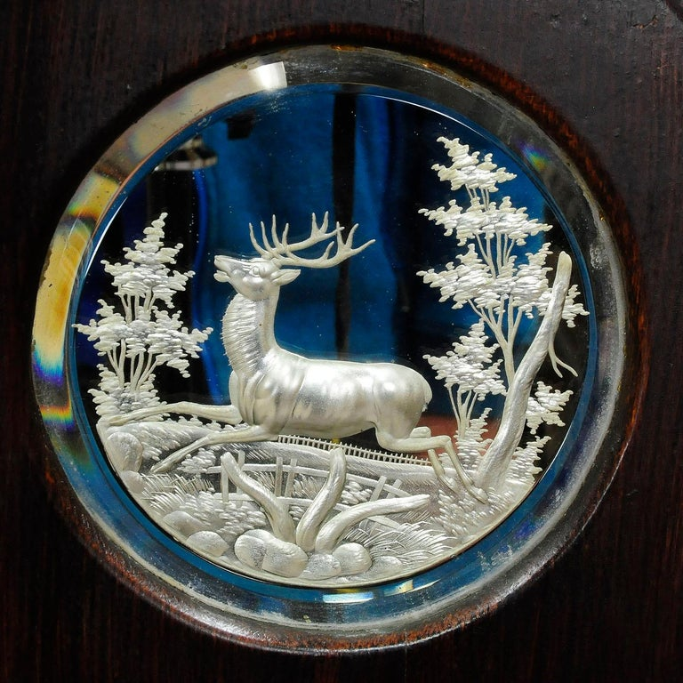 Outstanding Hunting Wall Mirror with Trophies, circa 1910 In Good Condition For Sale In Berghuelen, DE