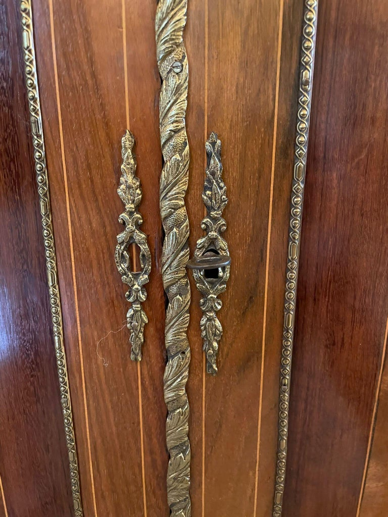 Outstanding Quality Antique Victorian Inlaid Burr Walnut Side Cabinet For Sale 10