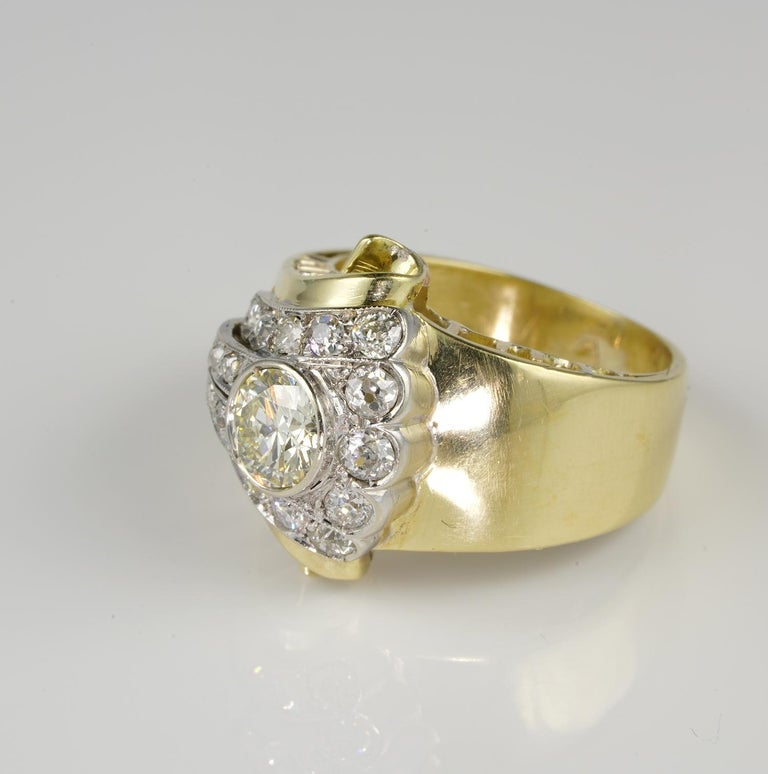 Art Deco  1.50 Carat Diamond Buckle Ring For Sale