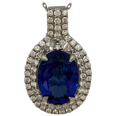 Oval 9.51 Carat Tanzanite Diamonds Pendant