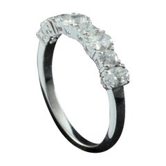 Oval and Round Diamond Fashion Ring in 18 Karat Gold