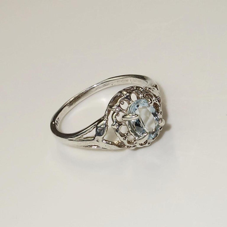 Oval Aquamarine Set in Sterling Silver Ring For Sale 1