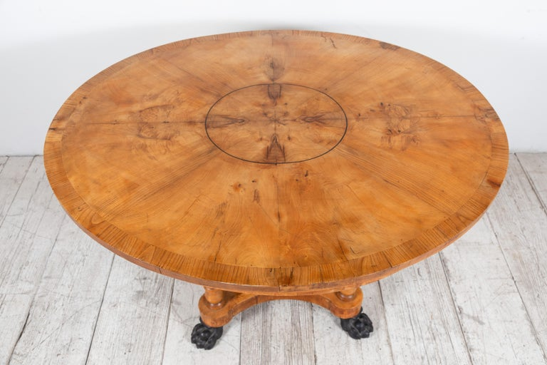 Oval Biedermeier Style Table with Burl Wood Marquetry In Good Condition For Sale In Los Angeles, CA