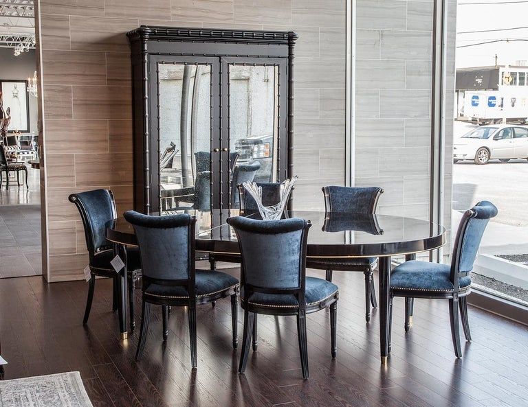 Oval Black Lacquer Dining Table with Brass Trim Accents by Ralph Lauren In Excellent Condition For Sale In North York, ON