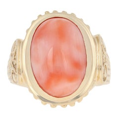 Oval Cabochon Cut Coral Ring, 14 Karat Yellow Gold Cocktail Solitaire