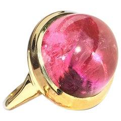 Oval Cabochon Pink Tourmaline Ring in 18 Karat Yellow Gold