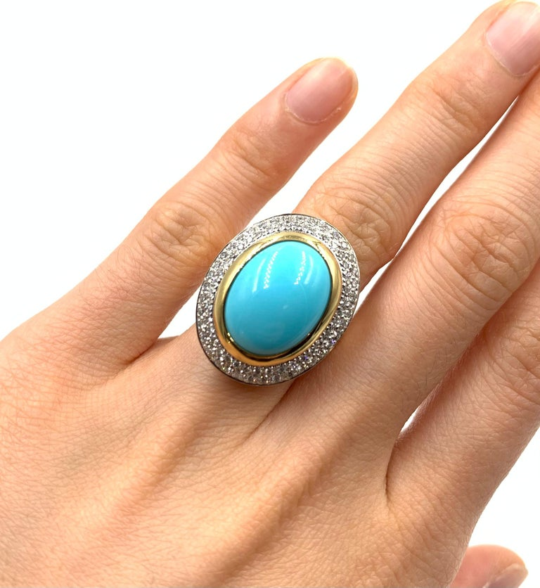 Oval Cabochon Turquoise and Diamond Yellow Gold Cocktail Ring For Sale 1