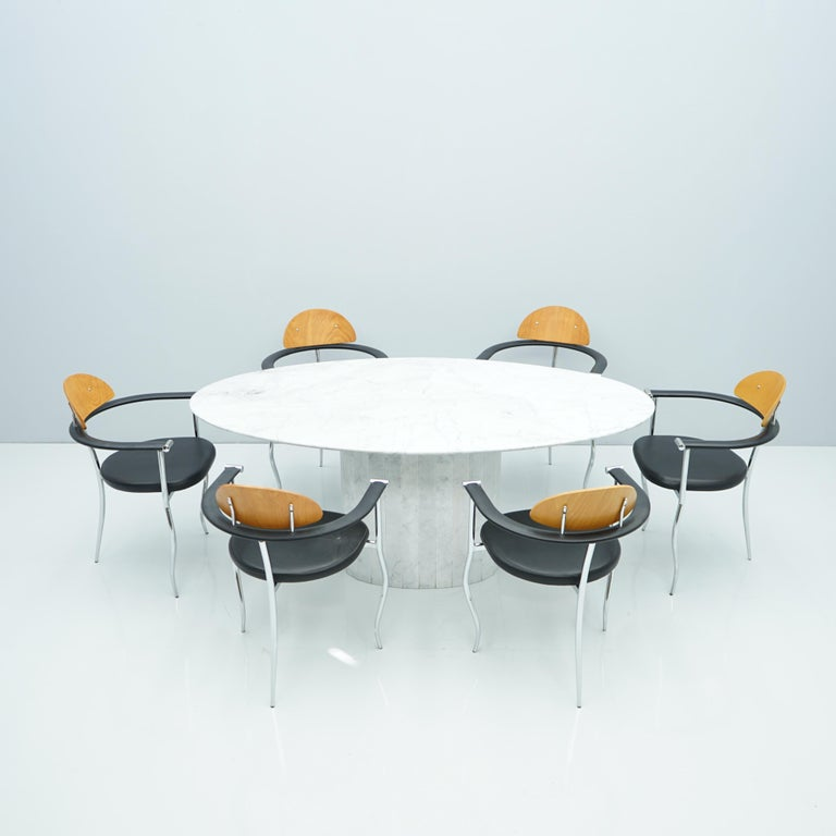 White Oval Carrara Marble Dining Table, 1970s For Sale 4