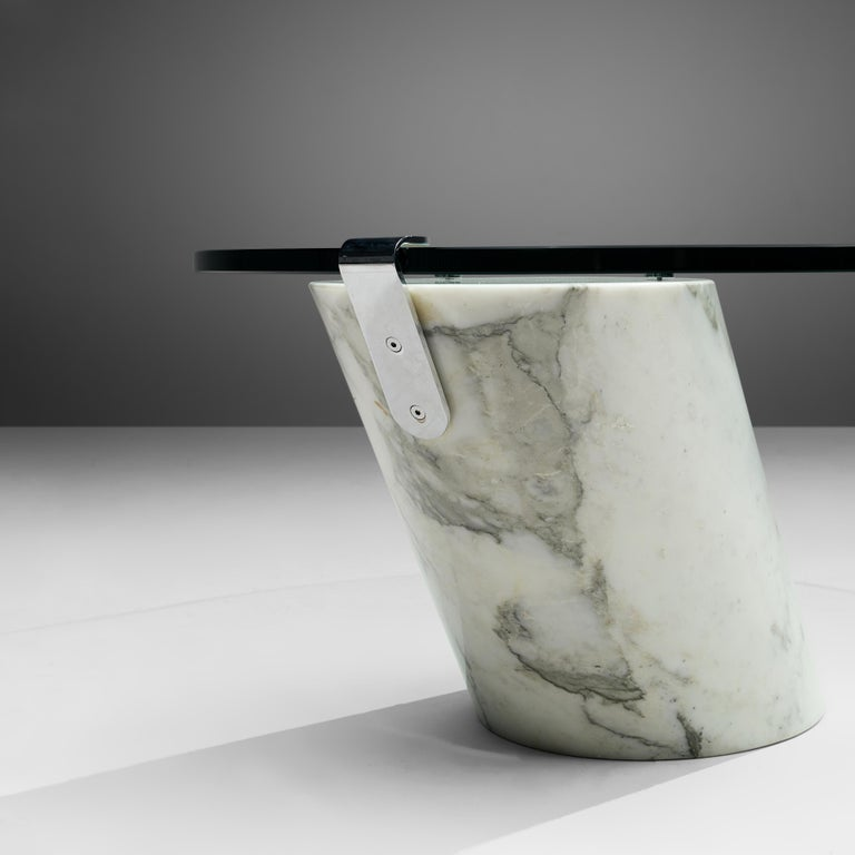 Oval Coffee Table in Carrara Marble and Glass For Sale 1