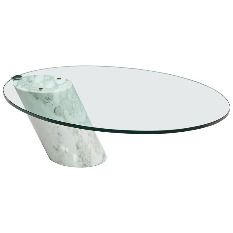Oval Coffee Table in Carrara Marble and Glass For Sale