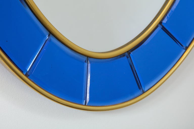 Mid-Century Modern Cristal Art Oval Blue Hand-Cut Faceted Glass Mirror For Sale