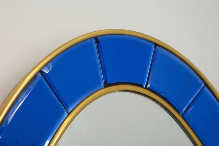 Cristal Art Oval Blue Hand-Cut Faceted Glass Mirror In Good Condition For Sale In New York, NY