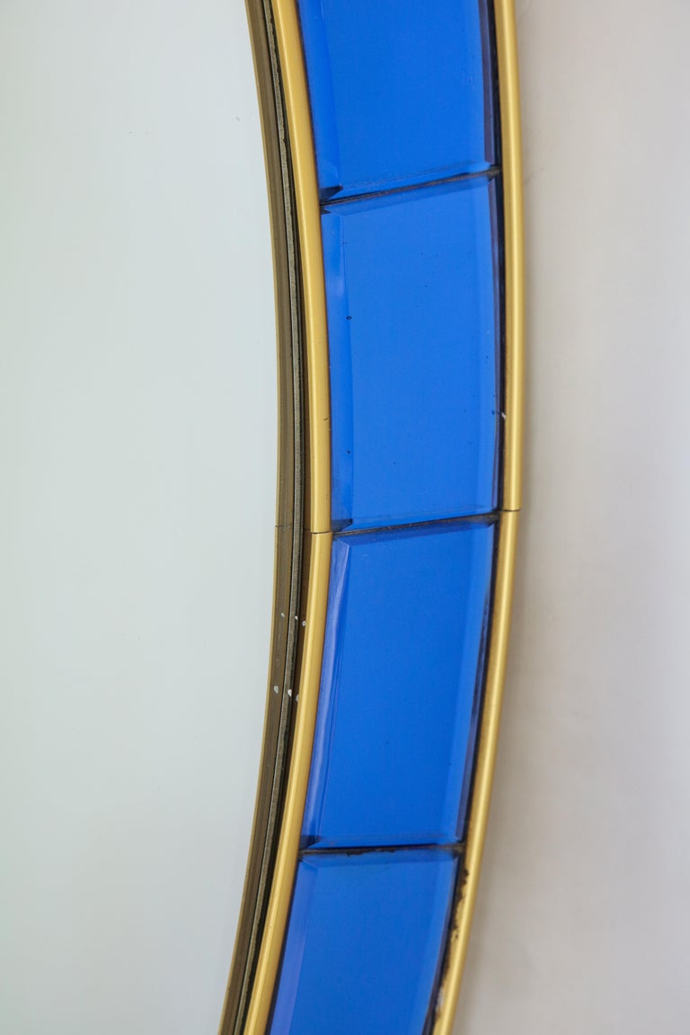 Mid-20th Century Cristal Art Oval Blue Hand-Cut Faceted Glass Mirror For Sale