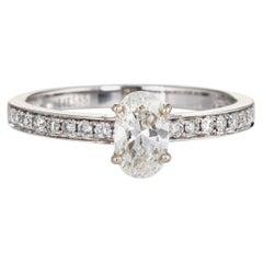 Oval Cut 0.86 Carat Diamond Engagement Ring Estate 14 Karat Gold Fine Bridal