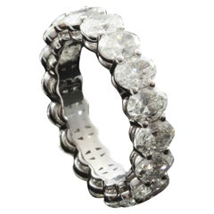Oval Cut Diamond 0.30 Carat Eternity Ring in 18 Karat Gold