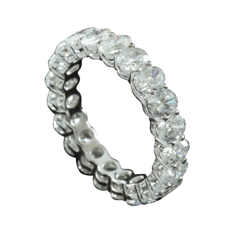 Oval Cut Diamond 1/5 Carat Each Stone Eternity Ring in 18 Karat Gold