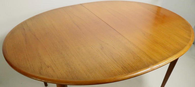 Oval Danish Modern Dining Table by Gudme Mobelfabrik For Sale 2