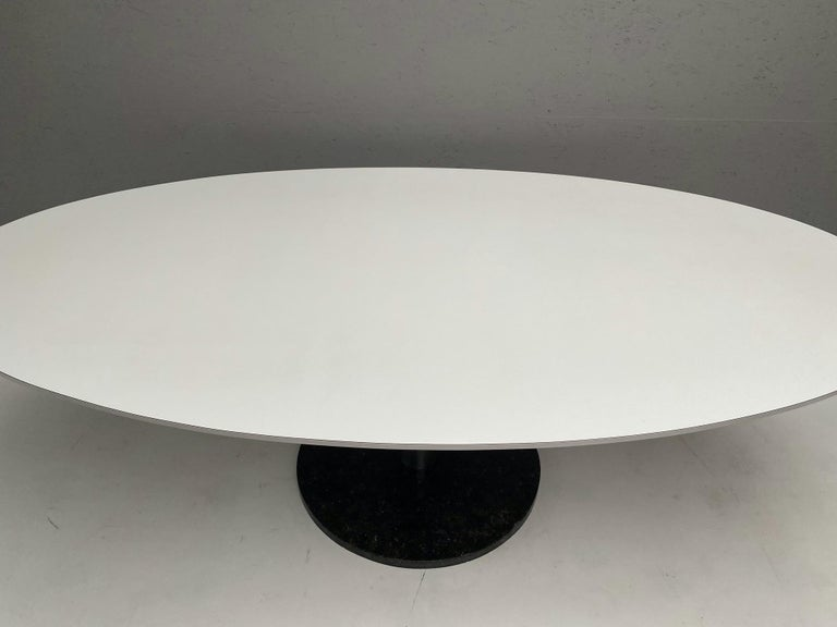 Mid-Century Modern Oval Dining Table by Alfred Hendrickx For Sale