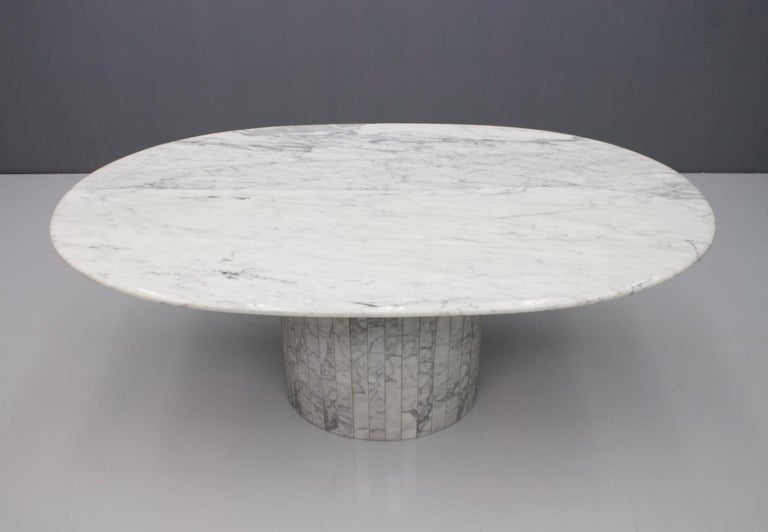 Oval Dining Table in White Carrara Marble, Italy, 1960s For Sale 7