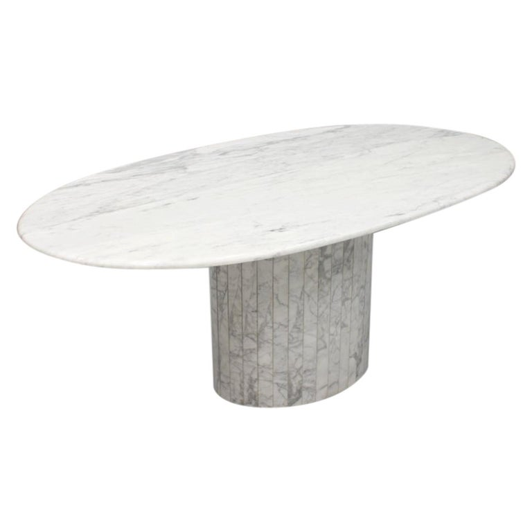 Oval Dining Table in White Carrara Marble, Italy, 1960s For Sale